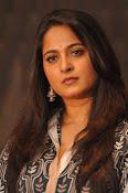 Anushka latest glamorous photos-thumbnail-38