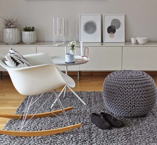 woon geluk egg chair hangstoel eames rocker. Black Bedroom Furniture Sets. Home Design Ideas