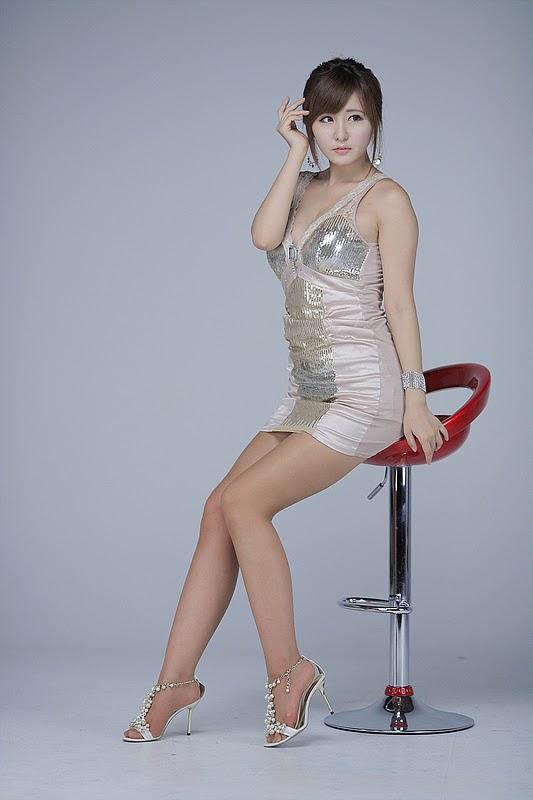Ryu Ji Hye Sexy in Almond Mini Dress