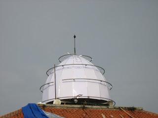 pemasangan, rangka, primer, kubah, pipa, lengkung, atap, galvanis, menara, mushola