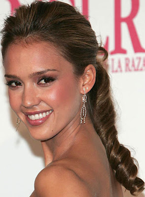 Women Long Hairstyle Pictures - Celebrity Hairstyle Ideas