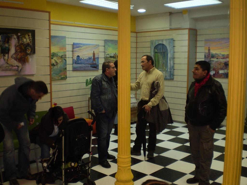 Centro hispano marroqu exposici n visiones sobre for Oficina turismo marruecos