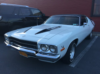 Restored 1970 Road Runner at Petes