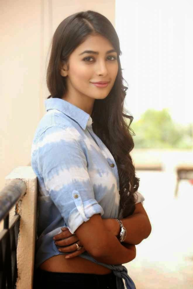 Pooja Hegde Hot Pics In Tshirt Jeans