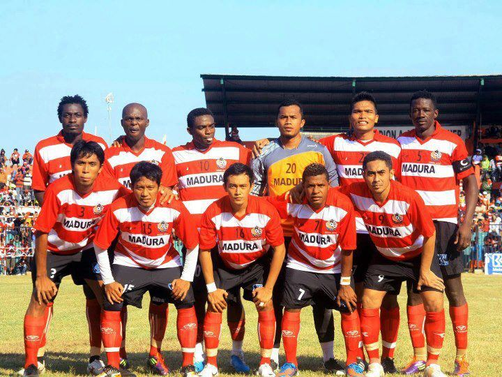 Oktober 2012   Persepam Madura United (PMU)
