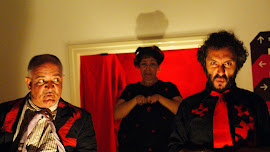 Escena II (buitres) Pino Ruberto, Ilaria deLeito, Lorenzo Mijares Turín 2011