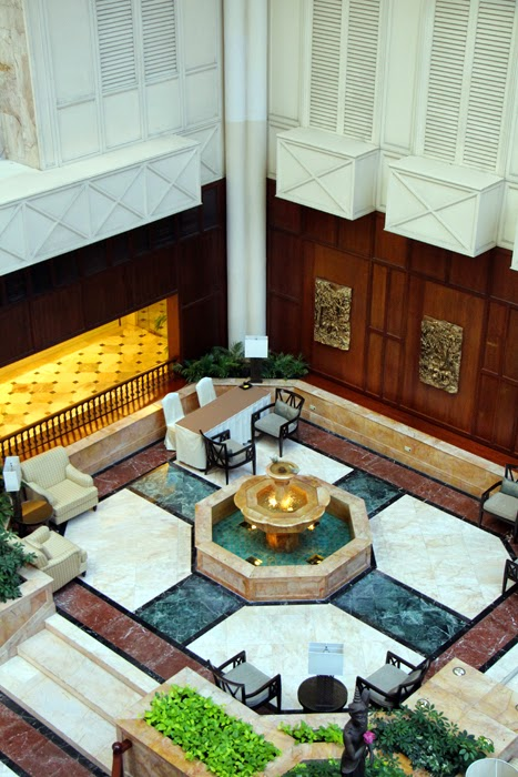 Shangri-La Bangkok Krungthep Lobby