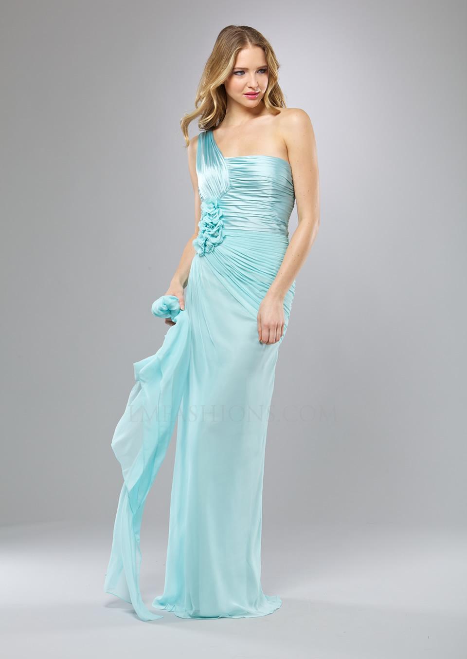 Women Beauty Tips: 15+ Gorgeous Pale Dresses for Women