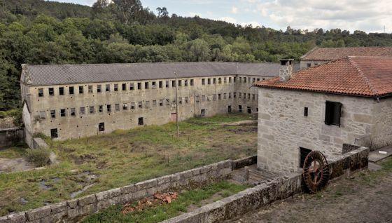 A historia noticia el papel que protagoniz lousado for Fabrica de granito en santiago