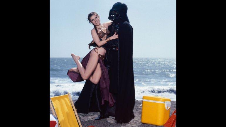 Star Wars: les photos inédites de la princesse Leia à la plage