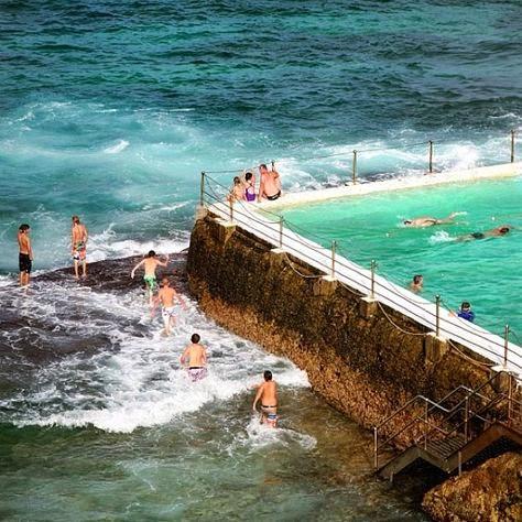 Bondi iceberg pools in sydney australia gotravelad for Pool show 2015 sydney