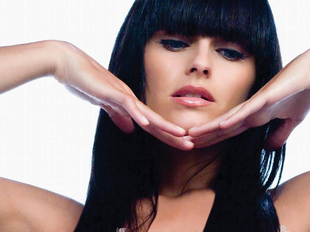 http://1.bp.blogspot.com/-TF0LkLn4iRs/UE4N8Z66D-I/AAAAAAAAE3Y/p3YSFEUKc8c/s1600/Nelly+Furtado6.jpeg