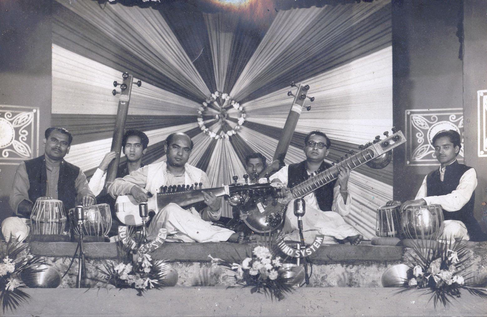 Ravi Shankar Ali Akbar Khan Joi Bangla
