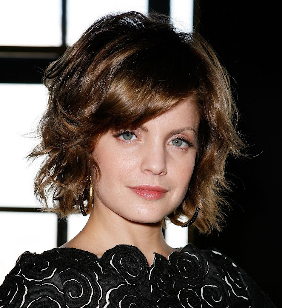 curly bob hairstyles trendy