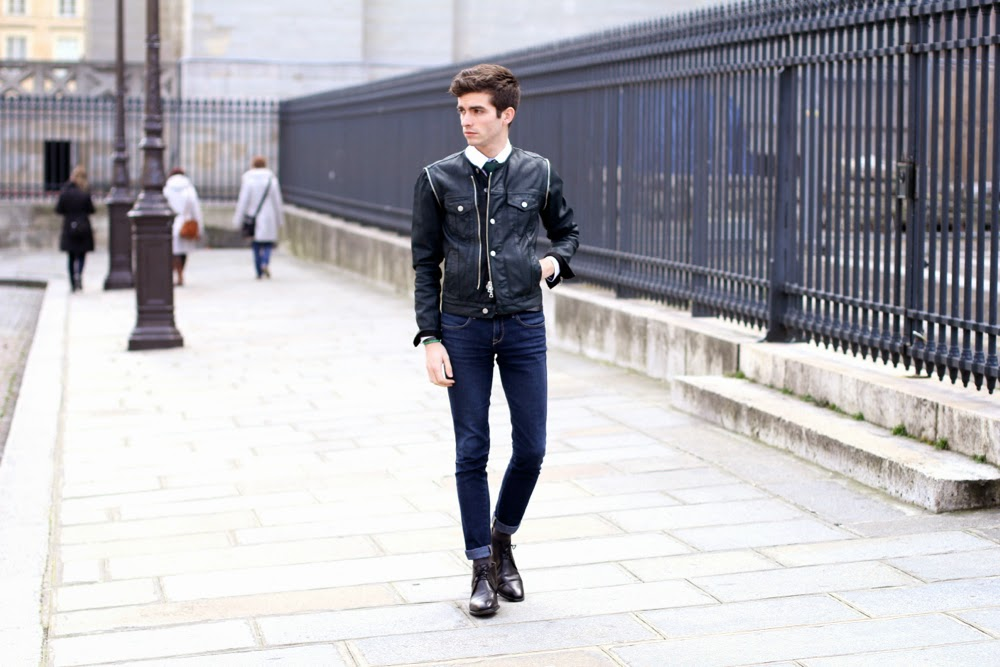 BLOG-MODE-HOMME-PREPPY-STYLE_Dries-Van-Noten_Jeans-slim_Boots-Weston-Cravate-tricot-vert_Paris-Ursul-mensfashion-dandy