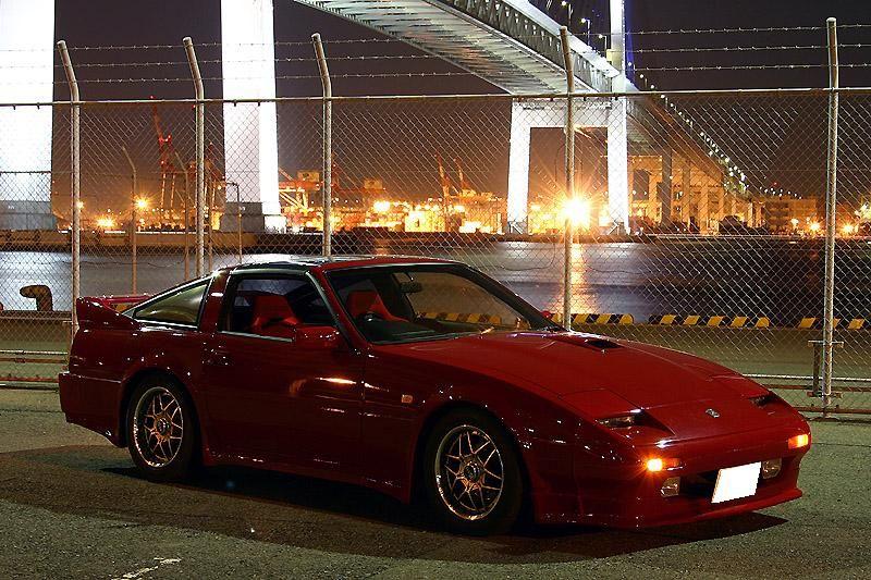 Nissan Fairlady Z Z31 samochód w nocy
