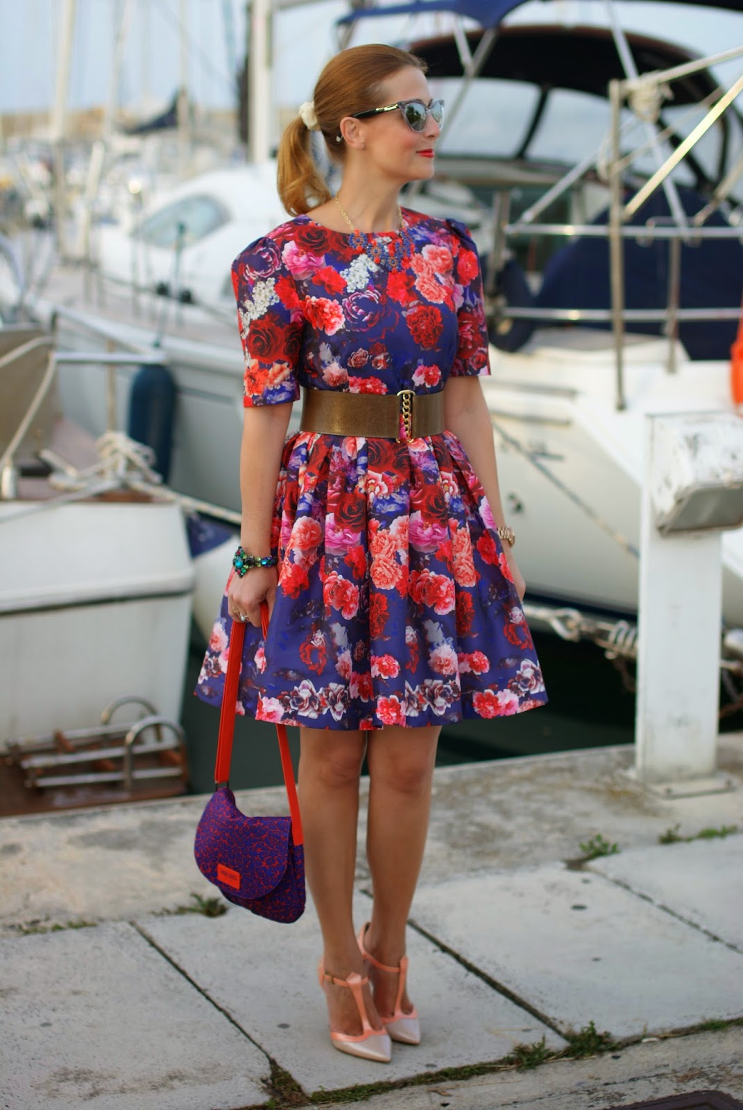 50s red roses dress, Kenzo bag, Sergio Levantesi shoes, Fashion and Cookies, fashion blogger