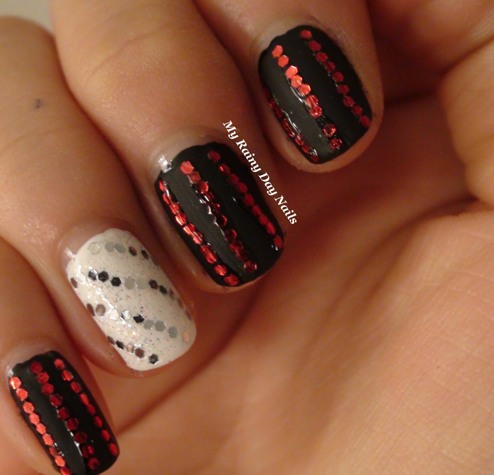 My Rainy Day Nails: Sunday Nail Art-Chicago inspired!