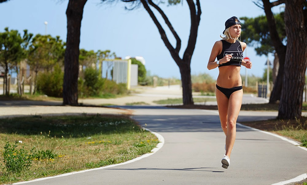 lady-running-marathon