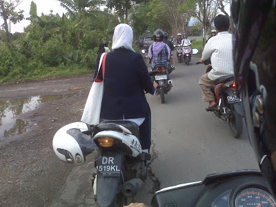helm tidak dipakai