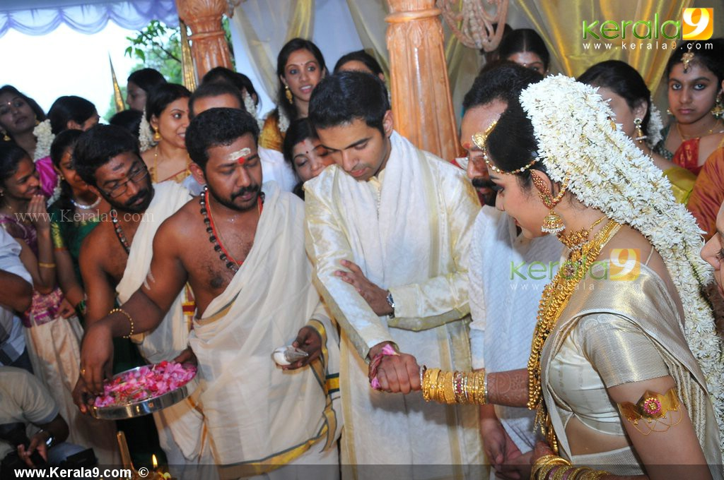 Download image Samvritha Sunil After Marriage PC, Android, iPhone and ...