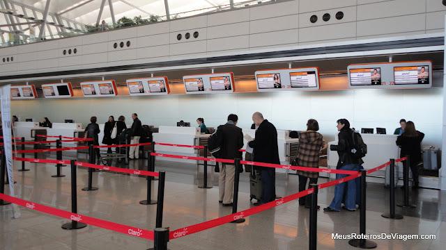 Check-in da Pluna no Aeroporto de Montevidéu