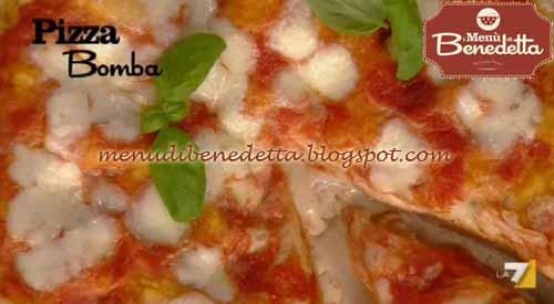 Ricette della torta pizza bomba ricetta parodi da i men for Mozzarella in carrozza parodi
