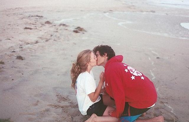 Beso en playa