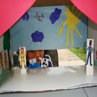 DIY Theater and Finger Puppets #kids #activity