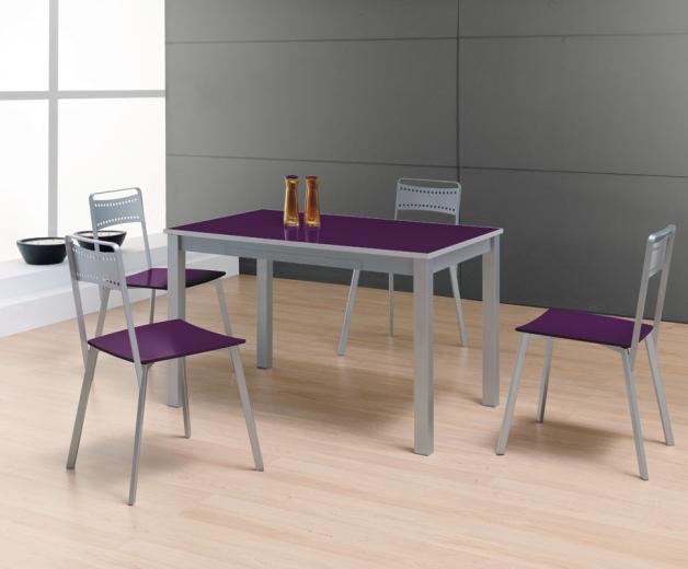 silla cocina morada con mesa de cocina cristal