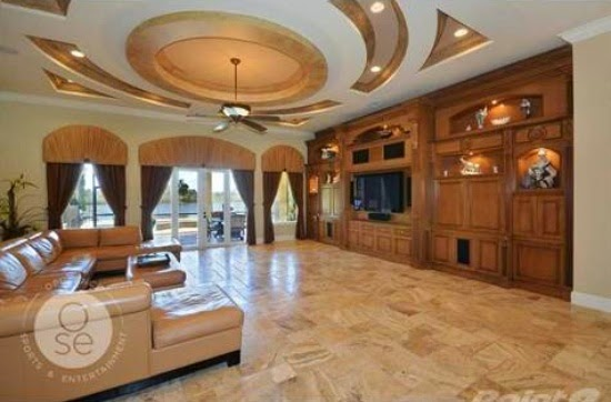 Eileen 39 s home design mediterranean large mansion for sale in parkland fl for 4 750 000 Mediterranean home decor for sale