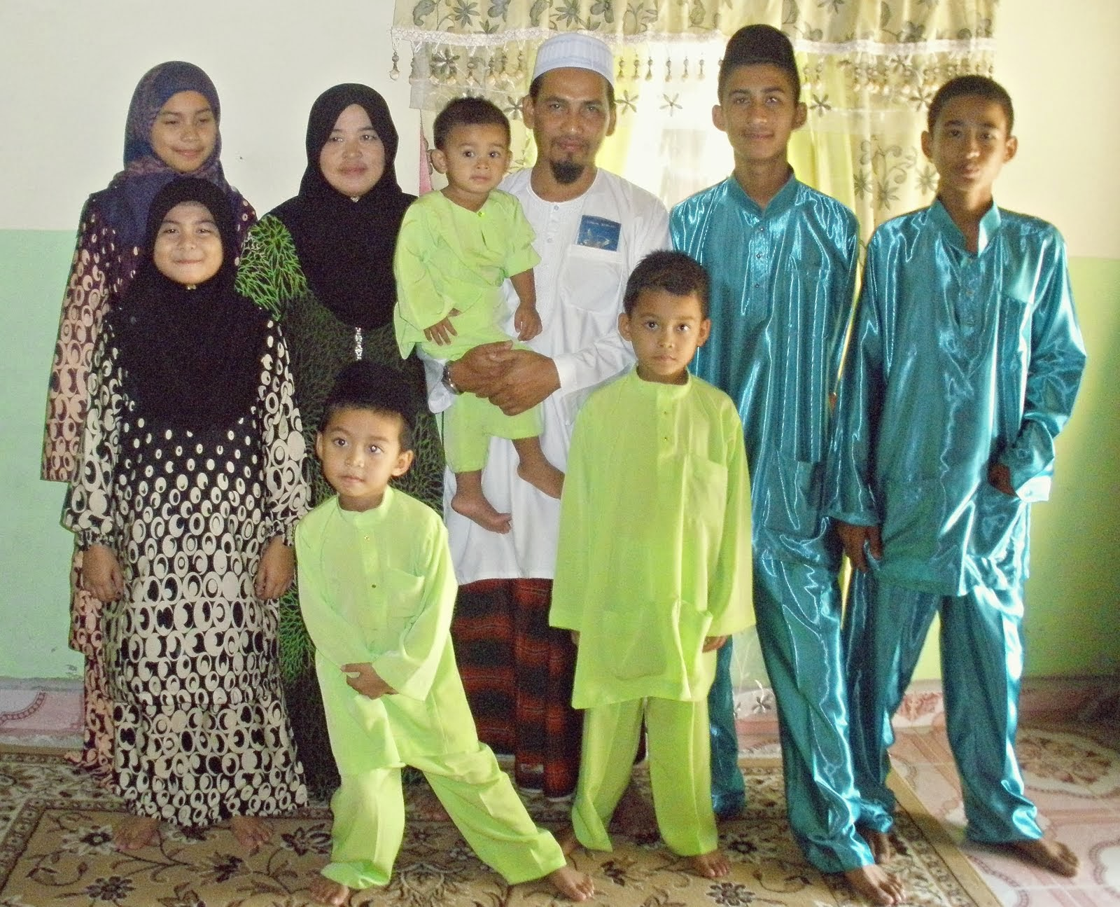 Kak Long's Family