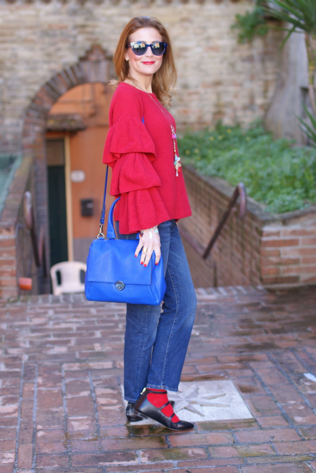 Ruffle sleeves top, Hype Glass sunglasses and Milly Wythe satchel bag on Fashion and Cookies fashion blog, fashion blogger style