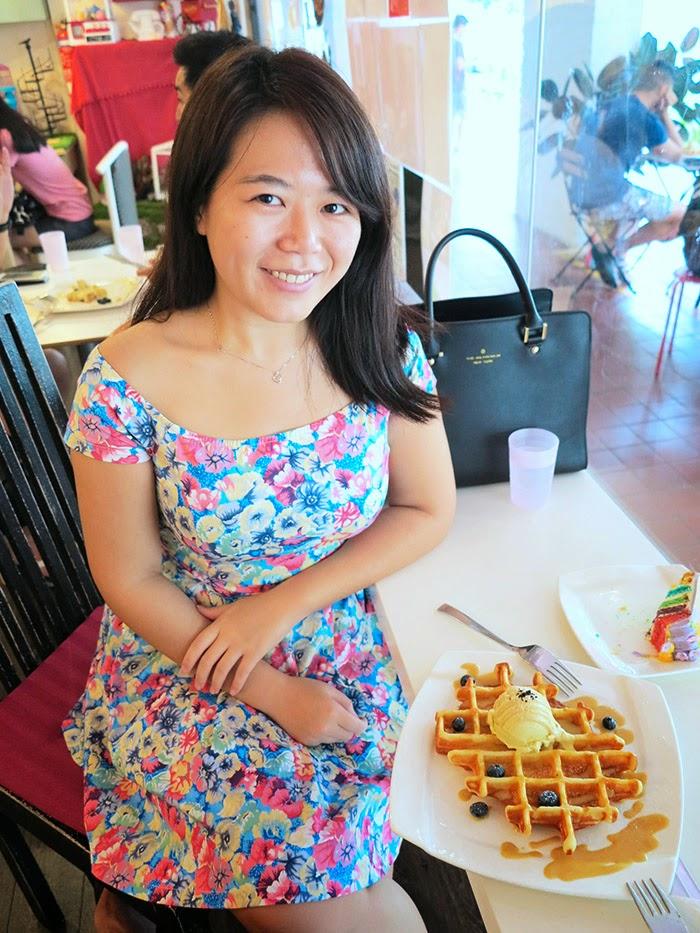 Flower print shoulder dress