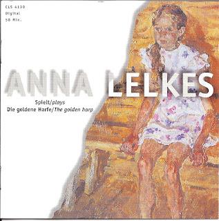 Anna Lelkes spielt »Die Goldene Harfe«