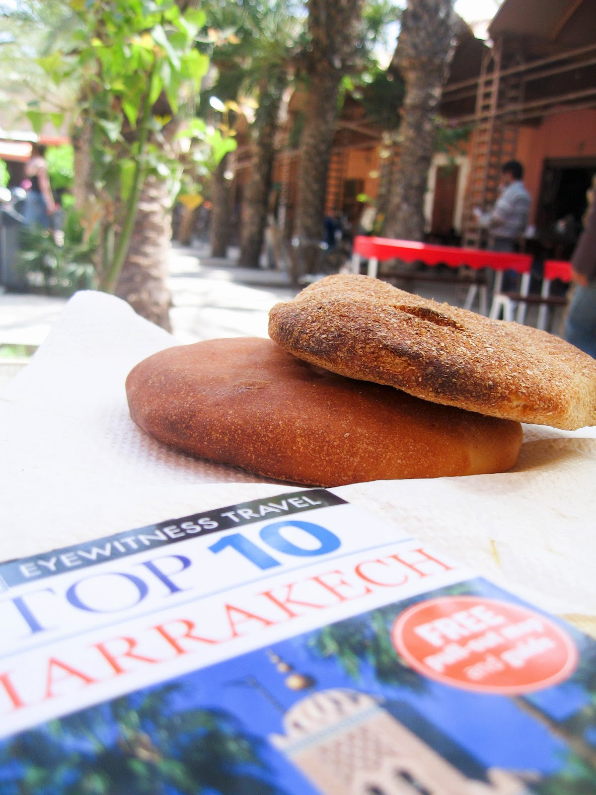 Top Marrakech tourist attractions:traditional moroccan food and bread