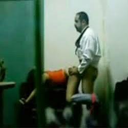 Flagra Real do Pastor Comendo as Putinhas nos Fundos da Igleja - http://www.videosdeflagrasamadores.com