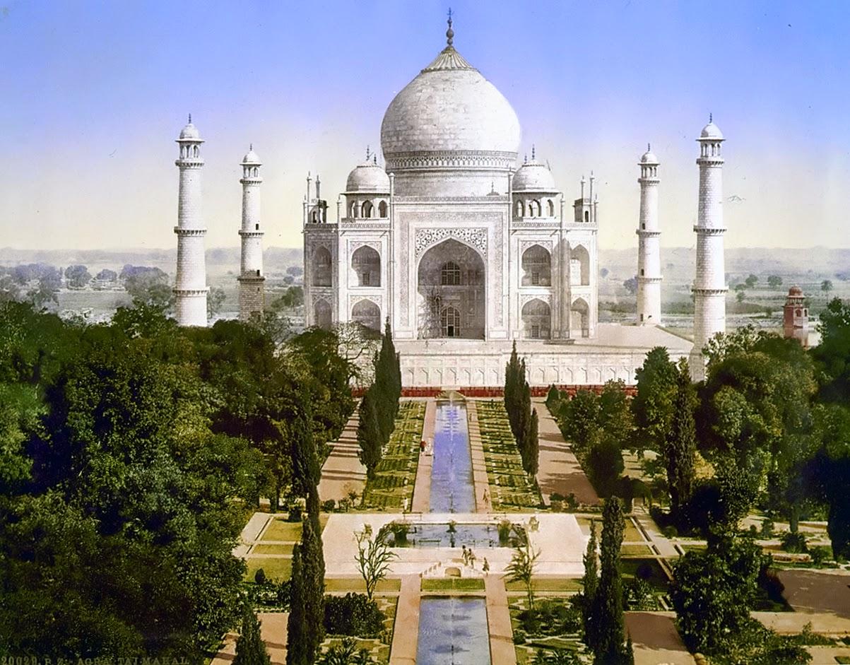 تاج محل في آكرا: أشهر المعالم السياحية في الهند