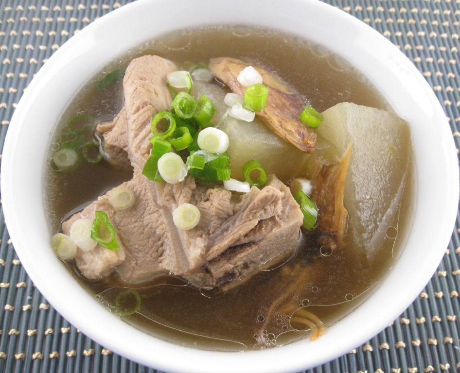 My Asian Kitchen: Winter Melon(Dong Gua) in Pork Soup