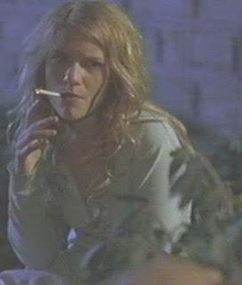 Claire Danes Smoking