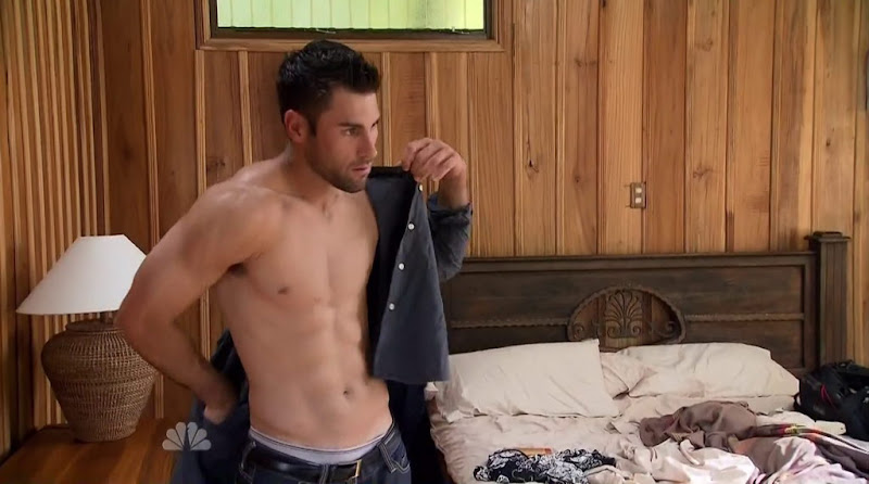 Steele Dewald shirtless in Love in the Wild s1e01