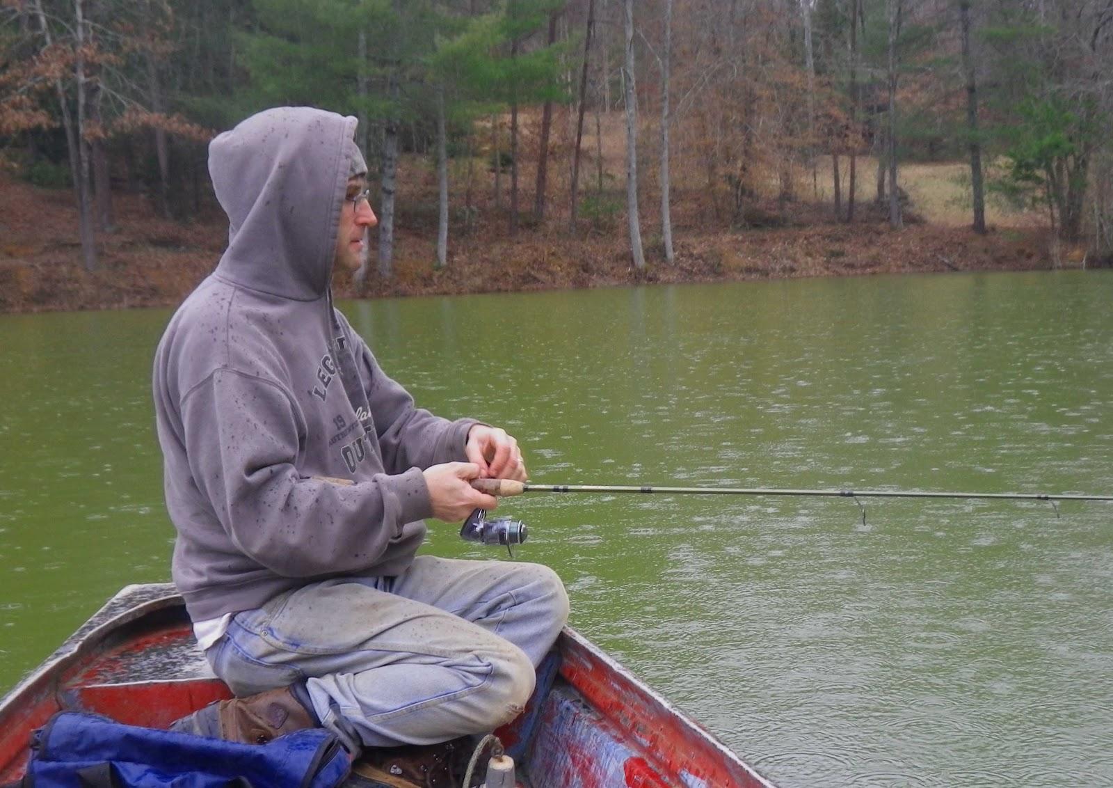 Jeff samsel fishing bass between rain showers for Bass fishing in the rain