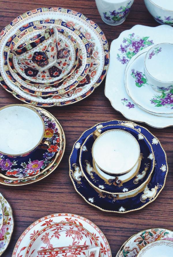 teacups on portobello road.