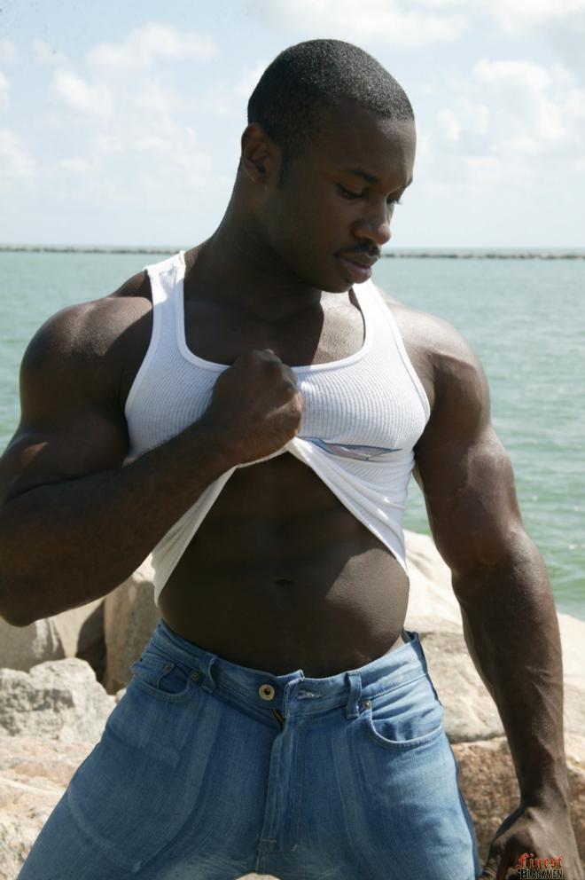 gay musculoso negao