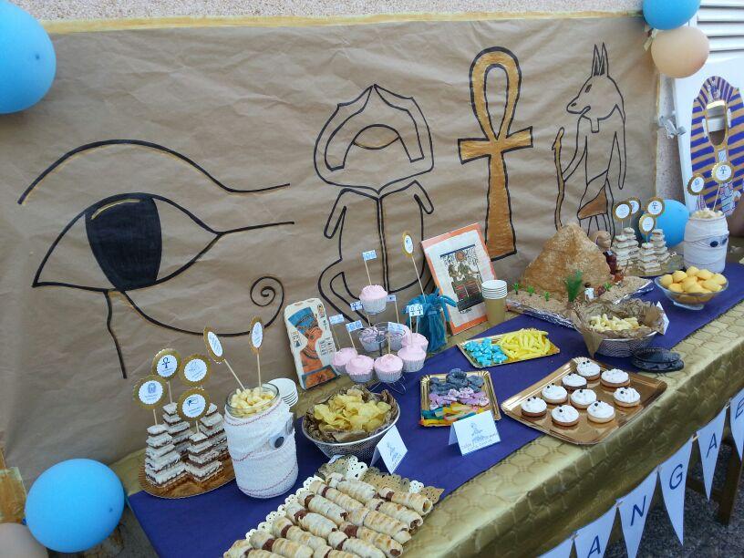 Miss moussie mesa dulce para un cumplea os egipcio for Decoracion egipcia