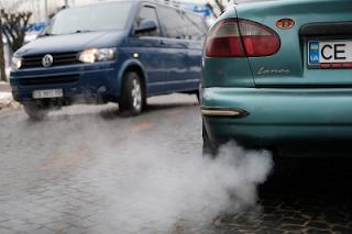 Викиди газів у Чернівцях у рази вищі норми