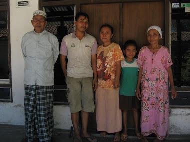 Keluarga di Petanahan