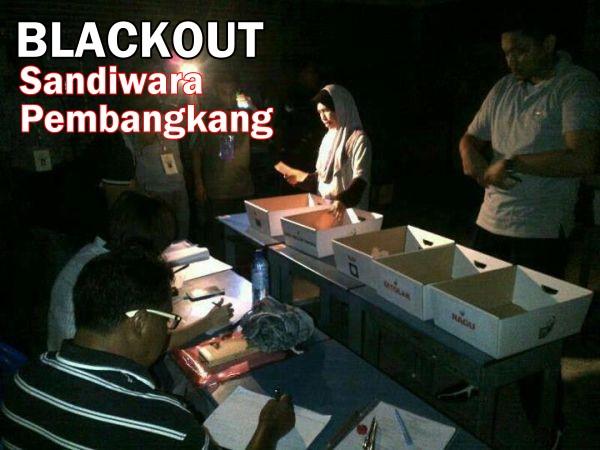 Blackout-sandiwara-pembangkang