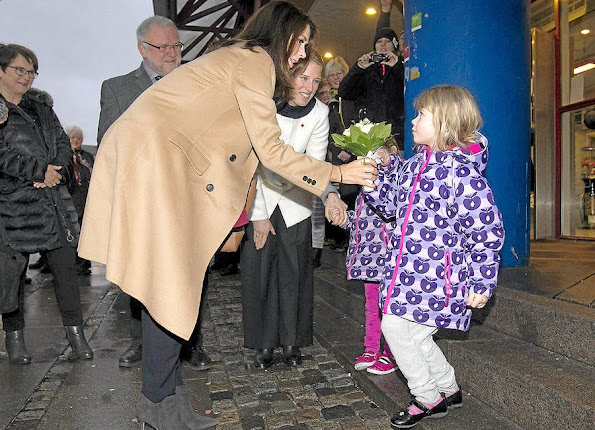 "Crown Princess Mary of Denmark visited Slagelse Red Cross Center. Crown Princess made this visit in order to monitor the works of the network project ""War against loneliness"" (Vaerket) that has been jointly developed by ""Mary Foundation"" and ""Red Cross"", and to have talks with the participants"