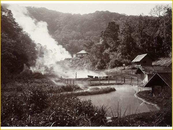 Het huis van een mantri van de Vulkanologische Dienst op de Kawah Kamojang